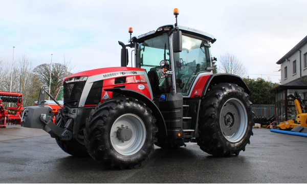 New Stock Tractors