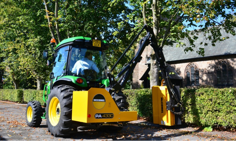 McConnel 30 Series Hedgecutter