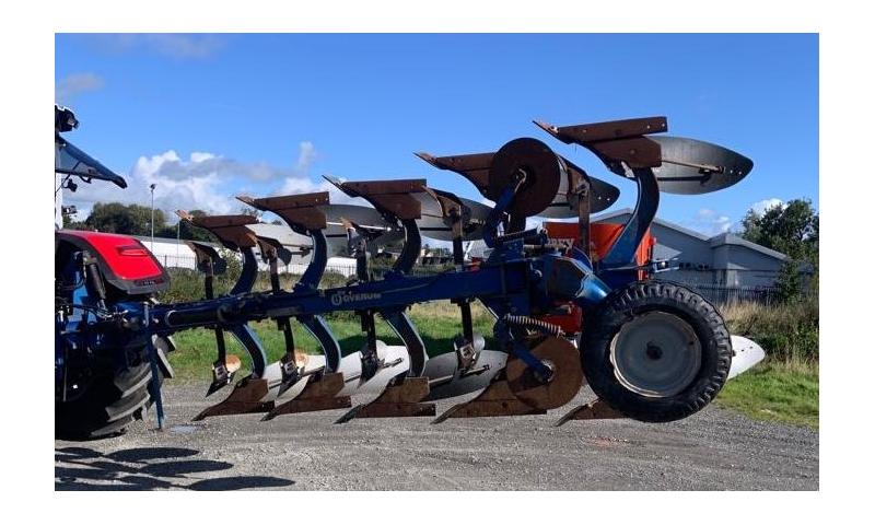Overum 5 Furrow Plough