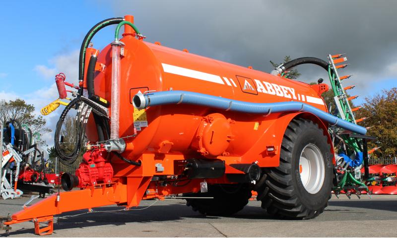 Abbey 2750 Slurry Tank C/W 7.5M Tri-App