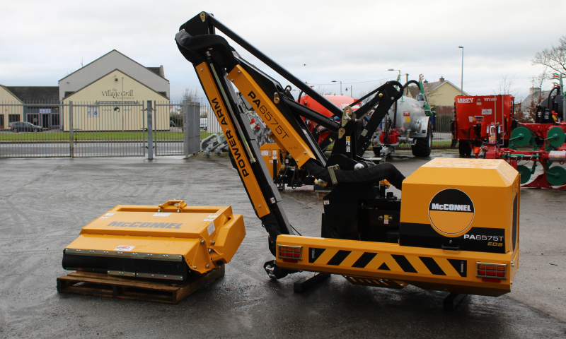 McConnel PA 6575T Hedgecutter