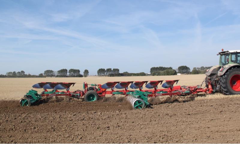 Kverneland PW Semi Mounted Plough