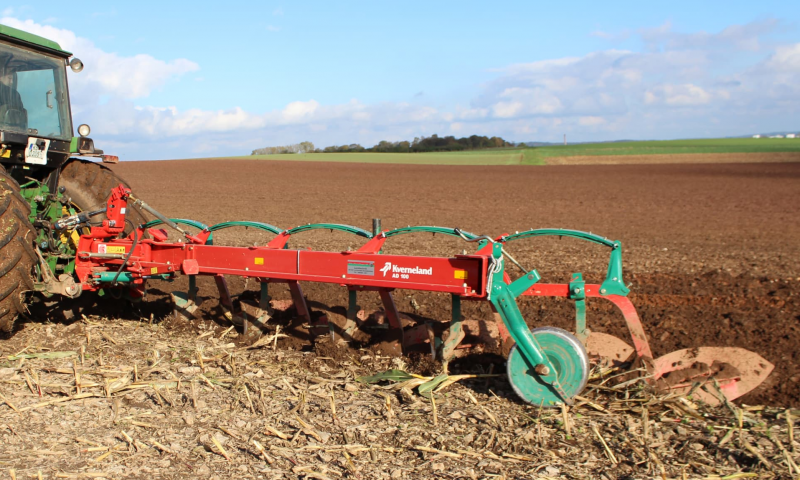 Kverneland AB & AD Conventional Plough
