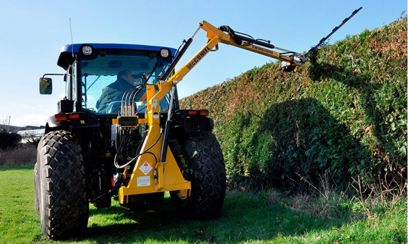McConnel Swingtrim Hedgecutter