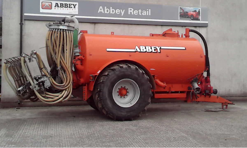 Abbey 2500R Tank c/w Trailing Shoe